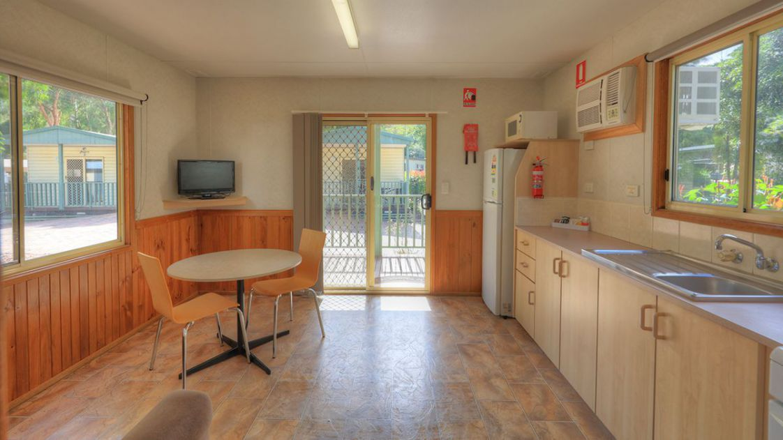 standard-villa-1-bedroom-kitchen-1